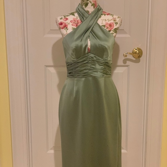 Fine Feathers Dresses & Skirts - Fine Feathers green silk cocktail dress - 6